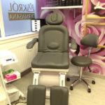 Fotel w gabinecie kosmetycznym dermasana